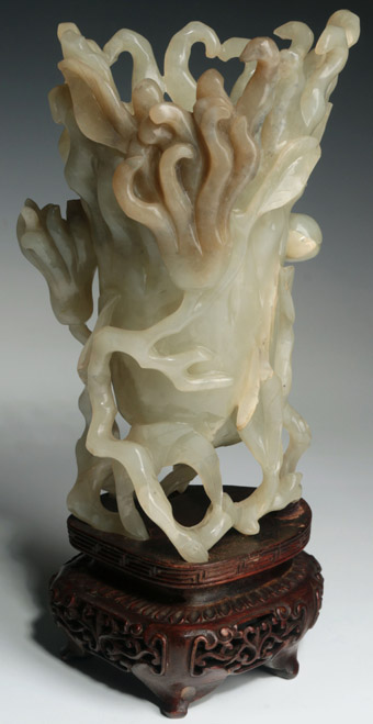 An Exceptional Chinese Carved Jade Finger Citron Hand of Buddha