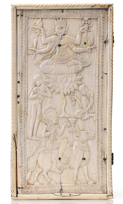 A 17th Century South Indian Ivory Box with Buddha